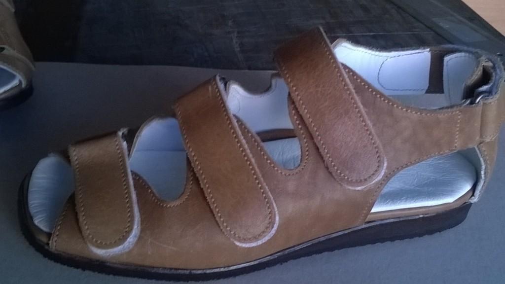 Scarpe su misura per piedi speciali